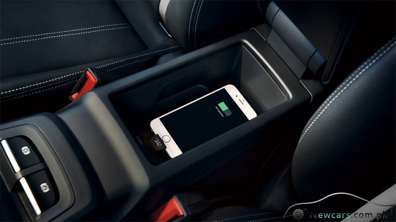Audi Q2 Phone Box MIT Wireless Charging