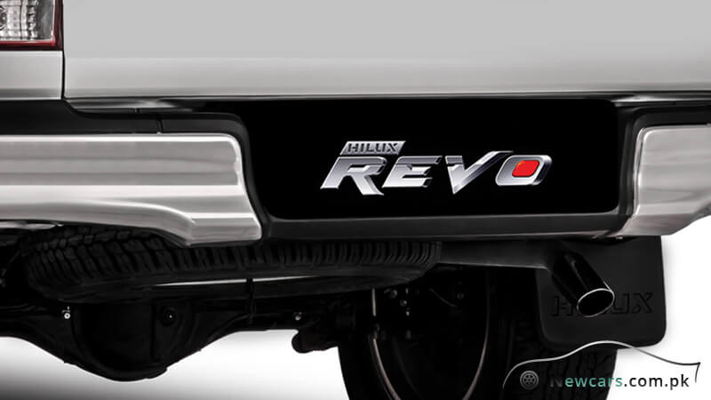 Toyota Hilux Revo Rear Bumber with Step