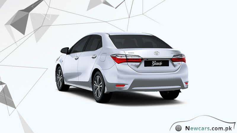 2018 toyota altis. Wonderful Altis Toyota Corolla Altis Grande 2018 Back View In Toyota Altis